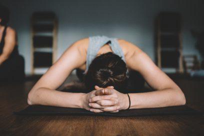 Qui a dit qu'il faut être flexible pour pratiquer le yoga?